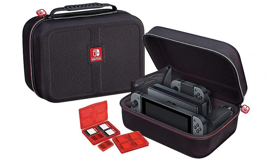 Akcesoria Nintendo Switch twarda walizka - GameBy.pl